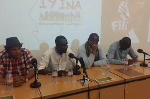 """De gauche à droite le rappeur Smockey de """"Balai citoyen"""", le tchadien Didier Lalaye alias « Croquemort » de Iyina, le congolais Floribert Anzuluni de « Filimbi » et le journaliste sénégalais Aliou Sané de « Y'en a marre »."""