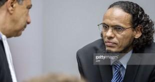 Ahmad Al Faqi Al Mahdi, en lunettes, est le premier jihadiste présumé à être jugé à La Haye et le premier accusé dans le cadre du conflit malien