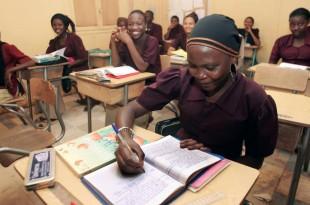 Salle de classe au Niger. © AFP PHOTO/PIERRE VERDY