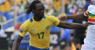 Le Gabonais Moïse Brou Apanga lors de la CAN 2012. ISSOUF SANOGO / AFP
