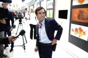 David Pujadas présente le journal télévisé de 20 heures de la chaîne publique depuis septembre 2001.