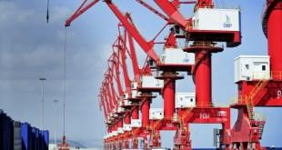 Les grues géantes du Port polyvalent de Doraleh (DMP), inauguré le 24 mai. © Vincent Fournier/JA