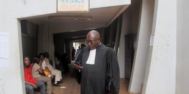 (Image d'illustration) Un avocat devant le tribunal de grande instance de Yaoundé, au Cameroun. © AFP PHOTO/REINNIER KAZE