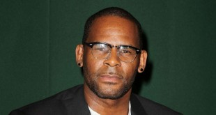 Le chanteur R. Kelly, à New York, le 10 août 2012.
