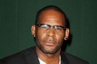 Le chanteur R. Kelly, à New York, le 10 août 2012.