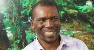 Nasako Besingi, défenseur camerounais de l'environnement, arrêté à Mundemba (sud-ouest), Cameroun, septembre 2017. (Twitter/ @EugeneSeniorNDI)