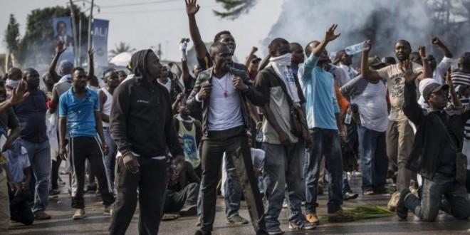 Des violences entre supporters de Jean Ping et d'Ali Bongo avaient émaillé l'issue de l'élection présidentielle gabonaise de 2016. © MARCO LONGARI / AFP
