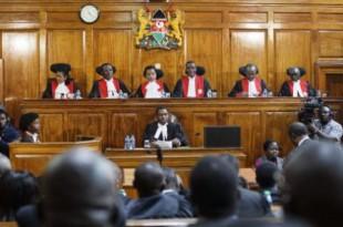 Les membres de la cours suprême au Kenya le 1er septembre 2017. BEN CURTIS/AP/SIPA