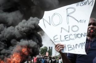 © Yasuyoshi Chiba, AFP | Des milliers de partisans au chef de l'opposition Raila Odinga ont manifesté mercredi 11 octobre, au Kenya.
