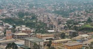 Bamenda, capitale de la région du Nord-Ouest, est sous couvre-feu de 22h à 5h du matin jusqu'au 23 novembre. © Reinnier KAZE / AFP