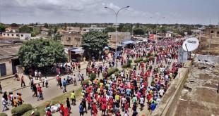 Manifestation à l'appel de l'opposition togolaise dans les rues de Lomé, le 5 octobre 2017 (image d'illustration). © MATTEO FRASCHINI KOFFI / AFP