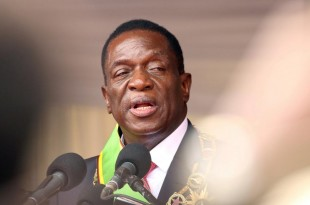 Le nouveau président du Zimbabwe, Emmerson Mnangagwa. © REUTERS/Philimon Bulawayo