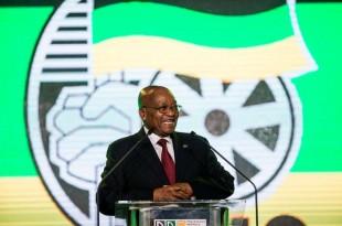 Le président d'Afrique du Sud Jacob Zuma à Johannesbourg le 15 décembre. Crédits : WIKUS DE WET / AFP