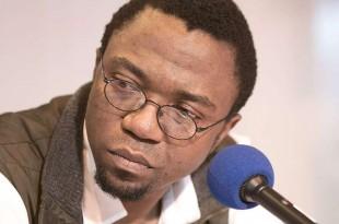 L'écrivain camerounais Patrice Nganang a été interpellé mercredi 6 décembre par la police à l'aéroport de Douala. © Wikimedia Commons / By Georges Seguin