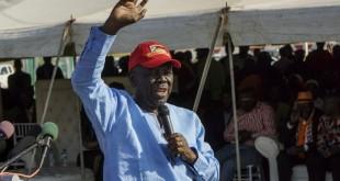 Le leader de l'opposition zimbabwéenne et candidat à la présidentielle de 2018, Morgan Tsvangirai, ici devant les partisans du Mouvement pour la changement démocratique (MDC), à Bulawayo, le 2 septembre 2017. © ZINYANGE AUNTONY / AFP