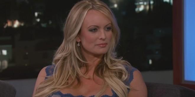 L'actrice pornographique Stephanie Clifford, alias Stormy Daniels, sur le plateau du Jimmy Kimmel Live, le 30 janvier 2018. - Capture d'écran Youtube