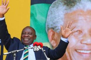 Cyril Ramaphosa commémorant le centenaire de Nelson Mandela au Cap, Afrique du Sud, le 11 février 2018.