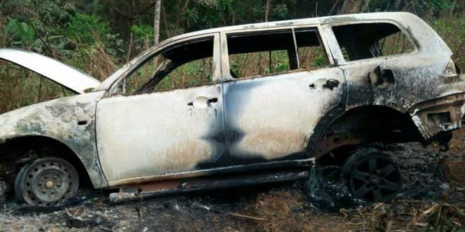 La voiture du Sous-préfet de Batibo retrouvée incendiée/ Facebook