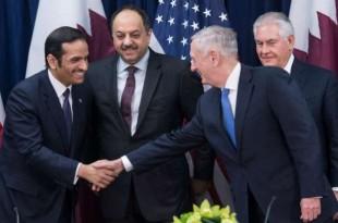 © Nicholas Kamm, AFP Le secrétaire d'État américain à la Défense James Mattis et le ministre des Affaires étrangères du Qatar, Mohammed ben Abdulrahman ben Jassim Al-Thani, le 30 janvier 2018 à Washington.