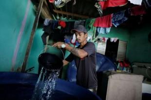 © Fournis par Libération Un jour de rationnement de l'eau, dans un quartier de Brasilia, au Brésil, le 21 mars.