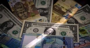 Des coupures dela monnaie américaine, le dollar.