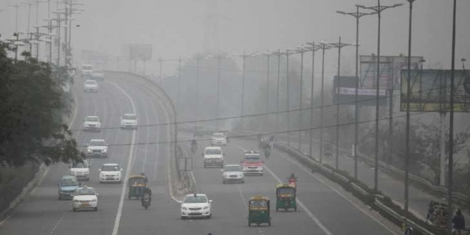 © ALTAF QADRI / AP New Delhi, une des villes les plus polluées du monde.