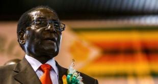 L'ex-président du Zimbabwe Robert Mugabe à Harare, 7 avril 2016.