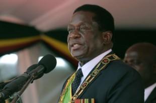 Le président du Zimbabwe Emmerson Mnangagwa prononce son discours lors du 38ème anniversaire des célébrations de l'indépendance au National Sports Staduim à Harare, le 18 avril 2018. © Tsvangirayi Mukwazhi/AP/SIPA