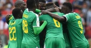 Getty Images Image caption L'Equipe du Sénégal remporte la première victoire africaine