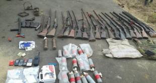Armes et munitions saisies en zone anglophone au Cameroun