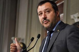 Matteo Salvini s'adressant à la presse, Rome, Italie, le 14 mai 2018.