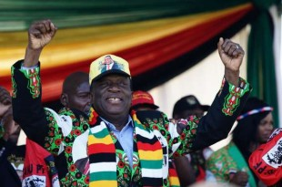 Zimbabwe's President Emmerson Mnangagwa addresses a rally in Bulawayo on June 23, 2018. An AFP correspondent reported multiple injuries but could not immediately give a precise toll after a blast at a ruling ZANU-PF party rally today. Images broadcast on Zimbabwean TV showed scenes of chaos and medics fighting to save those wounded by the blast at the White City stadium in the country's second city Bulawayo. / AFP PHOTO / ZINYANGE AUNTONY