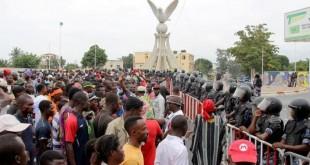 Des manifestants se rassemblent à Lomé pour demander la démission du président Faure Gnassingbé, en september 2017. © REUTERS/ ...