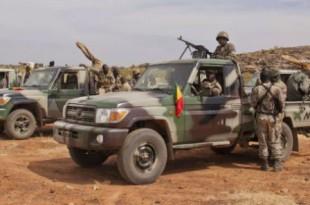Des soldats maliens dans la région de Mopti, dans le centre du pays, en 2012. © Francois Rihouay/AP/SIPA