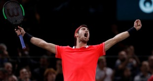 Tennis - ATP 1000 - Paris Masters - AccorHotels Arena, Paris, France - November 4, 2018  Russia's Karen Khachanov celebrates after winning the final against Serbia's Novak Djokovic   REUTERS/Gonzalo Fuentes